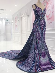 Aishwarya Rai's Butterfly Dress at Cannes Took 3,000 Hours To Make and We Are FLOORED- HarpersBAZAAR.com