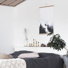 aamu-usva – papurino sisustus Oversized Mirror, Walls, Furniture, Home Decor, Room Decor, Wands, Home Interior Design, Home Decoration, Interior Decorating