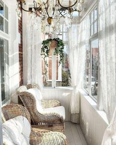 26 smart and creative small sunroom d cor ideas digsdigs is one of images from small sunroom decor. This image's resolution is pixels. Find more small sunroom decor images like this one in this gallery Shabby Chic Outdoor Decor, Shabby Chic Veranda, Shabby Chic Mode, Shabby Chic Porch, Style Shabby Chic, Shabby Chic Furniture, Rattan Furniture, Sunroom Furniture, Handmade Furniture