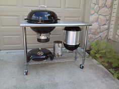 The mini WSM fitting on the bottom was just icing on the cake. It& a tight fit, but I can lower the bottom shelf another Build Outdoor Kitchen, Outdoor Oven, Outdoor Cooking, Grill Cart, Bbq Grill, Grilling, Barbacoa, Webber Grill Table, Weber Bbq