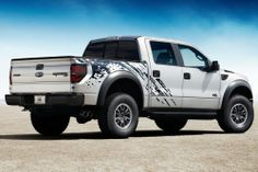 2014 Ford F-150 SVT Raptor http://www.willisford.net/showroom/Ford/2014-F-150/
