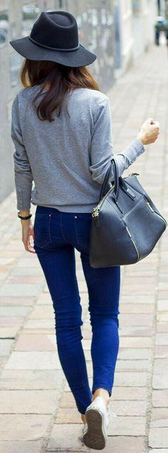 #sweatshirt #sneakers
