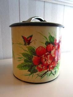 Lovely vintage tin <3