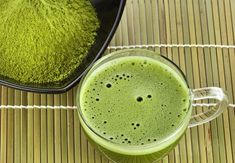 Buy the finest Organic Matcha Green Tea Powder. Organic Boat brings authentic Japanese Origin USDA Certified Organic Matcha Green Tea Powder straight to your do Matcha Tea Benefits, Green Tea Benefits, Superfood, Matcha Tee, Matcha Green Tea Powder, Best Tea, Weight Loss Drinks, Kraut, Home Remedies