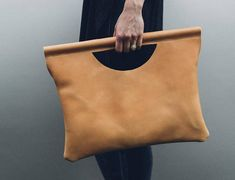 the elle tote in natural tan // leather wrapped wood handles