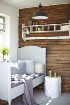 Favorittrommet - Bli med inn i Norges vakreste hjem - Boligpluss. Dream Bedroom, Kids Bedroom, Bedroom Decor, Master Bedroom, Beautiful Interior Design, Exposed Wood, Deco Design, Bedroom Vintage, Bedroom Styles