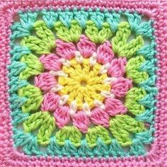 Happy Granny Square Day 2017 ☀️☀️☀️(link to pattern in my bio) ☺️ Crochet Flower Squares, Crochet Blocks, Granny Square Crochet Pattern, Crochet Granny, Crochet Motif, Crochet Stitches, Crochet Patterns, Manta Crochet, Crochet Home