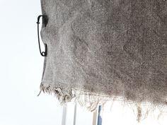 Enkel lösning för linnegardin! Tvättat linnetyg och kiltnålar!