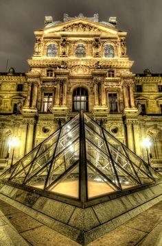 Louvre :: Paris, France
