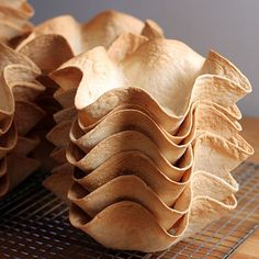 Making your own baked tortilla taco bowls.these are the best part of making a taco salad! Good tips for making them. Baked Taco Shells, Taco Salad Shells, Taco Salad Bowls, Tortilla Bowls, Tortilla Maker, Tortilla Shells, Baked Tortilla Bowl Recipe, Salad Bar, How To Make Tortillas