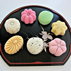Foodista | Recipes, Cooking Tips, and Food News | Snowskin Mooncake
