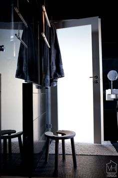 bathroom atmosphere, dimming lights to the bathoom!