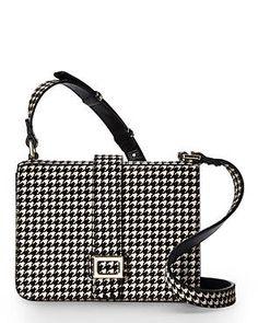 1104 Best Bolsas Bags images   Wallet, Bags, Beige tote bags 802465b12223