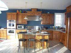 blue kitchen idea