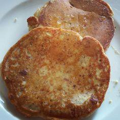Stamattina #pancake proteici con sopra un velo di #miele ! Volete provarli anche voi? Qui trovate la ricetta http://www.corefxfitness.com/ricette/snack-ricette/colazione-con-pancake-proteico ! #healthyeating  #fitnessfood #fitnesslifestyle