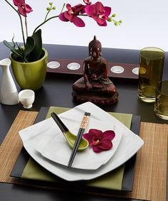 Now & Zen Tableware Set