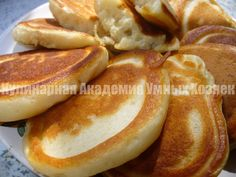 pancakes with kefir My Recipes, Cooking Recipes, Favorite Recipes, Cooking Games, Breakfast Dishes, Breakfast Recipes, Baked Fish, Russian Recipes, Vegetarian Cooking