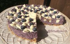 Cheesecake met witte chocolade en blauwe bessen