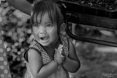 Happy little girl Lahu EthnicNorth Thailand. #photo #blackandwhite #pictureday #travel #Thailand #Thailande #people #portrait #photojournalism #photooftheday #followme #photographer #photography #nikonD810 #Tamron #angelamichelphotography #lahuethnic #Ethnic #ethnicity #Ethnie #Lahu #stylelife