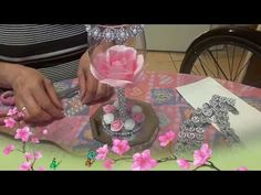 Regalos para mamá: Jabones decorados - YouTube Paper Daisy, Paper Flowers, Decoration Table, Baby Shower Decorations, Green Soap, Decorated Wine Glasses, Wine Glass Crafts, Dollar Tree Decor, Rose Decor