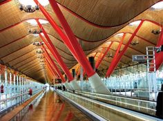 Barajas Airport in Madrid by Architects Richard Rogers Partnership with Estudio Lamela