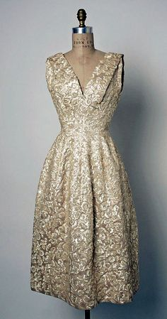 """""""Annapurna"""" fall/winter 1955–56, House of Dior (French, f. 1947), Christian Dior (French, 1905-57)."""