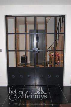Inspirerend | Deuren glas in staal met ornamenten, 4800 euro Door croesalejandra