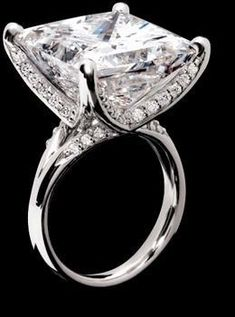 Trendy Diamond Rings : 22.25 carat Diamond Ring