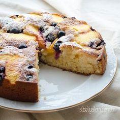 şeftali ve yaban mersinli kek