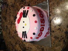 My hello kitty birthday cake :)