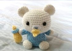 Crochet Pattern: Lil' Baby Bear Look at those adorable eyes staring at you. Don't you want to make this baby bear for yourself too? The size of Lil' Baby Bear is approximately 4 x inches. Crochet Kawaii, Crochet Teddy, Crochet Bear, Cute Crochet, Crochet Animals, Crochet Dolls, Crochet Horse, Baby Mobile, Crochet Amigurumi Free Patterns