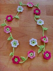 FREE from Ravelry: Crocheted Flower Garland