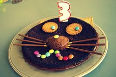 Gâteau d'anniversaire forme de chat