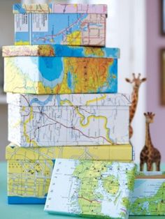 Travel Memories Map Draw A Map On A Cork Notice Board Resize - Four old us maps in holder