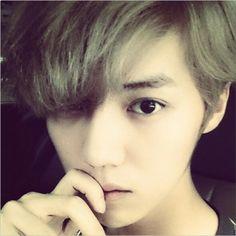#china #luhan #hunnie #blackpearl #cute #boy