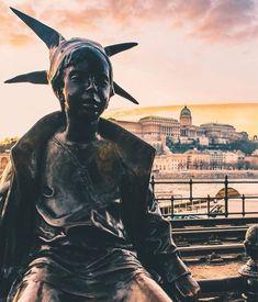 "Hello, SUNDAY!! 🤡 #VinylandWood #GetLostinWonderland #goodmorning #BUDAPEST #Hungary"" Hello Sunday, Budapest Hungary, Good Morning, Cruise, Wanderlust, River, Superhero, Character, Beautiful"