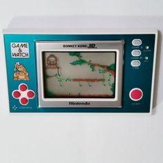 Una ayudita por favor..NINTENDO-GAME-WATCH-DONKEY-KONG-JR-WIDE-SCREEN-NEW-NOS-RARE-HANDHELD-LCD, son sólo 2.499 $...