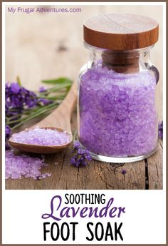 Soothing Lavender Foot Soak- so a lovely treat made with a few basic ingredients. Perfect homemade gift or make a batch for yourself to relax after a long day! Cup Epsom Salts 2 tablespoons baking soda (optional- baking soda makes skin smoother and Diy Lush, Diy Spa, Pedicure Soak, Manicure E Pedicure, Pedicures, Pedicure Party, Diy Sugaring, Foot Soak Recipe, Diy Scrub