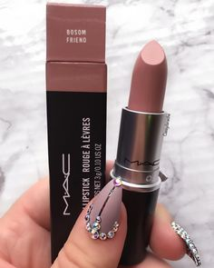 There are a lot of people who nowadays are applying cosmetics using their fingers, in my opinion it looks a lot better if applied using a make-up brush. This article describes the reasons for this and looks at the types of make-up bru Mac Lipstick Swatches, Lipgloss, Nude Lipstick, Mac Lipsticks, Mac Lipstick Colors, Liquid Lipstick, Mac Lipstick Shades, Diy Lipstick, Purple Lipstick