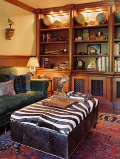 Zebra skin - British Colonial Home Decor Design, Pictures, Remodel, Decor and Ideas - page 4 Colonial Home Decor, British Colonial Decor, Colonial Decorating, Traditional Family Rooms, Traditional House, Coffee Table Vs Ottoman, Coffee Tables, Small Office Furniture, Furniture Ideas