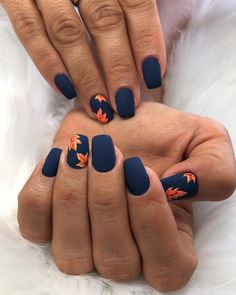 Nail art is a very popular trend these days and every woman you meet seems to have beautiful nails. It used to be that women would just go get a manicure or pedicure to get their nails trimmed and shaped with just a few coats of plain nail polish. Fall Nail Art Designs, Cute Nail Designs, Nails Design Autumn, Navy Blue Nail Designs, Shellac Nail Designs, Flower Nail Designs, Short Nail Designs, Gorgeous Nails, Pretty Nails
