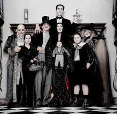 Shared by Le Cirque des Rêves. Find images and videos about family and addams family on We Heart It - the app to get lost in what you love. Adams Family Halloween, Adams Family Costume, Family Costumes, Halloween 2020, Halloween Costumes, Halloween Ideas, Addams Family Values, Charles Addams, Cinema