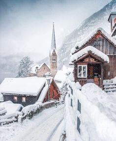 Wonderful Places, Beautiful Places, Amazing Places, Austria Winter, Places To Travel, Places To Visit, Travel Destinations, Time Travel, Hallstatt