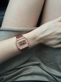 Casio Rose gold watch ☆〜