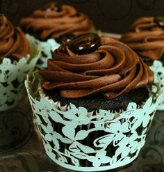 Laser cut cupcake wrappers Get a free starbucks $100 gc at http://www.pinterestpromotions.com/starbucks
