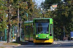 Poznań, tramwaj Siemens Combino #513 - #Poznan, #tramwaj, #tram Higher Education, Climate Change, Old Things, Train, Cars, Places, Trains, Autos, Car
