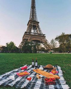 Picnic in the park, by the Eiffel Tower.