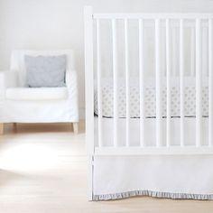 New Arrivals Sweet & Simple Separates (White w/Gray Ruffle) 2-PC Crib Bedding Set New Arrivals http://www.amazon.ca/dp/B00JSXYCHC/ref=cm_sw_r_pi_dp_L9gTtb1CKJ62ZAPM
