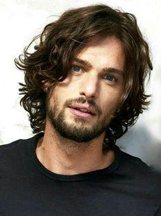 Fotos de pelo largo en hombres