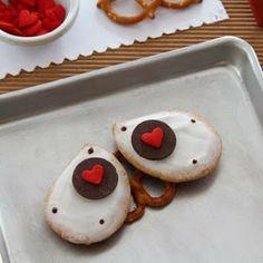 Kids Craft Ideas: WALL-E Cookies